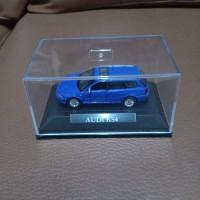 mobil diecast Audi RS4