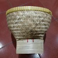 bakul nasi bambu sedang (diameter 26cm)