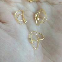 anting bayi knip mata putih 1/4 gram emas muda