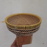 Bakul nasi bambu-lurik kecil
