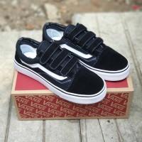 Sepatu Sneakers Vans Old Skool Strap Velcro Black White Unisex
