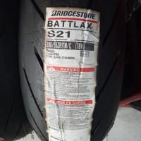 BAN LUAR BRIDGESTONE BATTLAX S21 UKURAN 200/55-17 BATTLAX TUBELESS