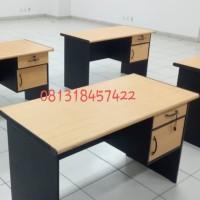 Meja kerja meja kantor uk 120x60x75 +laci