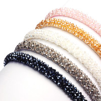 W! Accessories Bando Kristal 4 Baris 61430700 - Hitam