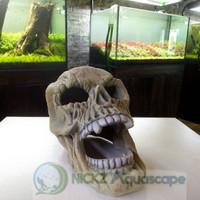 Ornamen kepala tengkorak besar untuk Aquarium