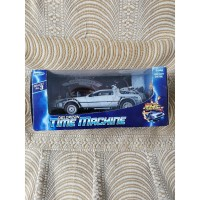 Back to the future Delorean die cast welly 3 set