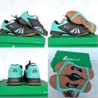 Sepatu Badminton LEAGUE