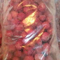 Buah Strawberry Frozen/Stroberi beku