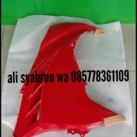 fering fairing cover sayap samping KANAN ninja 250 fi merah original