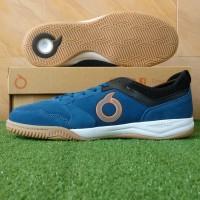 Sepatu Futsal Ortuseight Jogosala Dominator IN - Deepblue/White/Gum - 38