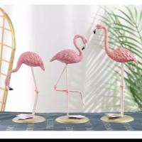 Hiasan Patung Miniatur Flamingo Bahan Resin