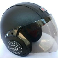 Helm anak standar sni motif polos hitam