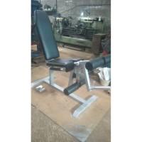 Bangku, bench fitness untuk latihan leg extension dan leg Curl