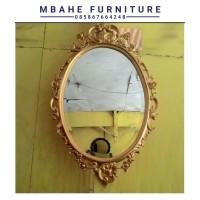 figura cermin warna gold/cermin hias ukir