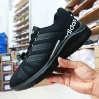 sepatu adidas full black sepatu sekolah hitam polos running full black