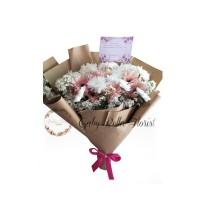 Hand Bouquet – 529 Buket Bunga Valentine Buket Bunga Wisuda