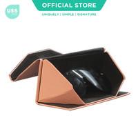 USS Solid Colour Triangle Folding Glasses Case / Tempat Kacamata Lipat