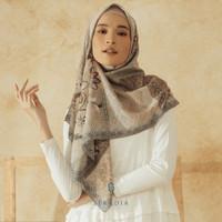 Hijab Segi Empat Seradia Elysian Rena Bahenda