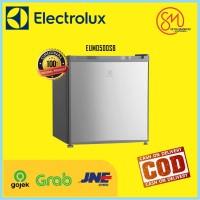 ELECTROLUX Kulkas Portable Mini Bar 46 Liter Low Watt - EUM0500SB