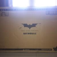 Hot Toys MMS69 Tumbler Batmobile Batman The Dark Knight