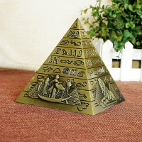 Miniatur Piramida Mesir Bahan Logam