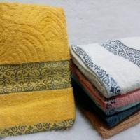 handuk mandi / handuk lis / ukuran 70 x 140 cm