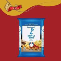 Tepung Terigu KUNCI BIRU - Protein Rendah 1 kg