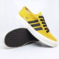 Sepatu Dragonfly Yellow / Sneakers Warrior Falcon Kuning Original