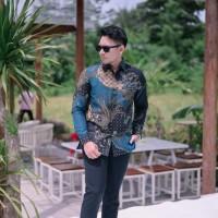 Baju Batik Pria Doby Lasem Prabu Bagus Motif Tulis Modern Biru Elegan