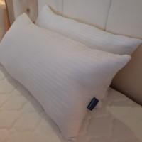 Dunlopillo California Super king Pillow - BANTAL CINTA- 45 x 90 cm