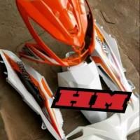 Body halus honda beat fi 2013-2014/warna orange putih/plus striping