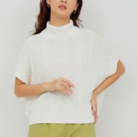 MINAKO Turtle Neck - White