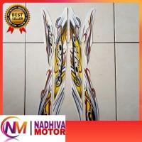 striping motor mio sporty 2010 putih