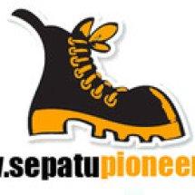 Logo Sepatu Pioneer