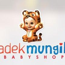 Logo Adekmungil babyshop