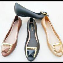 Logo Sepatu Flat Murah