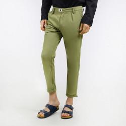 Hubbu Celana Panjang Chino Pria B01913H Hijau