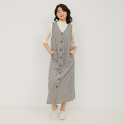 Graphis V Cut Button Overall
