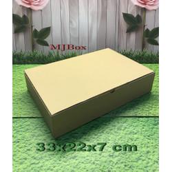 Kardus karton uk. 33x22x7 cm...die cut box kotak Souvenir -dll
