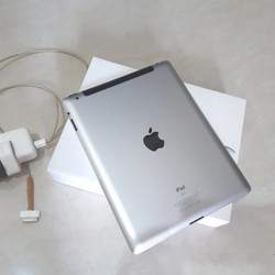 Ipad 2 64GB Wifi GSM Mantul