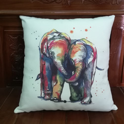 bantal sofa elephant in love