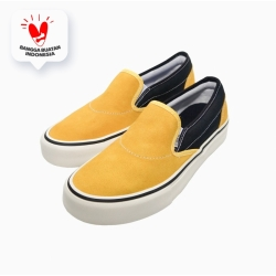 Sepatu Sneakers - Saint Barkley Cullen Slip On Mustard Black