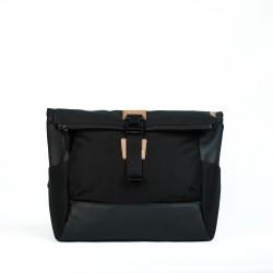 DAAVUU Bushido Messenger Bag Unisex - Black/Black