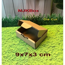 kardus karton Uk. 9x7x3 cm........Die Cut/Pizza