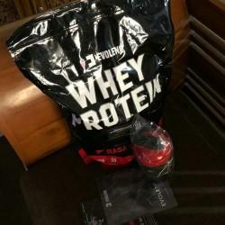 evolene whey protein 1.9 kg evowhey