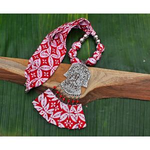 Kalung Batik Printing Liontin Kebaya Kombinasi Rumbai Manik Etnik