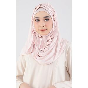 Arawinda Hijab Mask 02 Cream