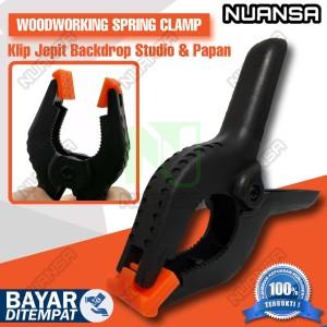 Katalog Spring Clamp Nylon Tactix 6 5 Inch Penjepit Kayu Besi Klem Catok Katalog.or.id