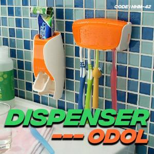Katalog Dispenser Odol Toothpaste Dispenser Brush Set White Katalog.or.id