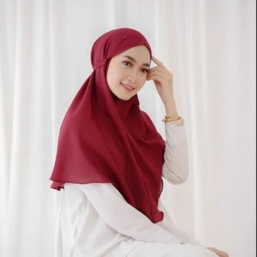 Foto Produk Hijab Bergo Nasya / Jilbab Instant Maryam - Diamond Italiano - Merah, L dari juraganbajudotcom